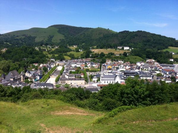 Architecture Pays Basque vue depuis château fort _Soule